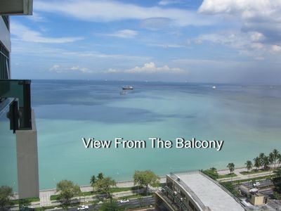 Photo for Baywatch Tower - Malate - Appart 50 m2-Excellent view of Manila Bay