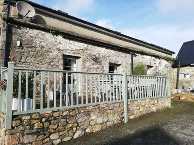 Photo for Old stone cottage situated between waterford Cork Dublin n25