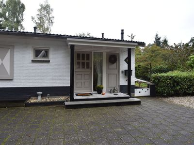 Photo for Lovely 6-person holiday home with garden, set in the woods of Rijssen-Holten