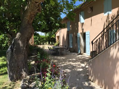 Photo for Authentic Provencal farmhouse with fenced pool near Aix en Provence