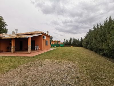 Photo for RURAL HOUSE WITH POOL. CHALET ALCAZABA