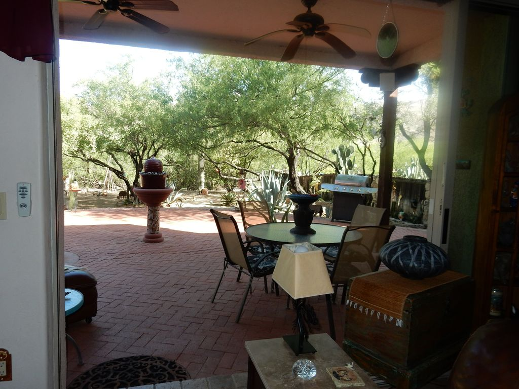 Disappearing doors wide open to back patio & Caliente Creek Ranch #3 - VRBO