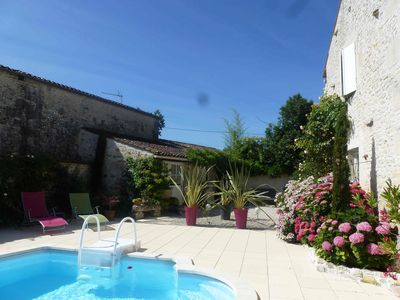 Photo for 1BR Cottage Vacation Rental in Geay, Nouvelle-Aquitaine