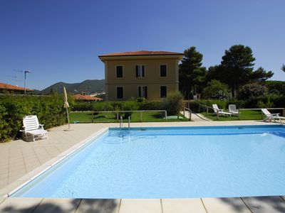 Photo for Two-room apartment with pool - San Vincenzo - Fraz. San Carlo