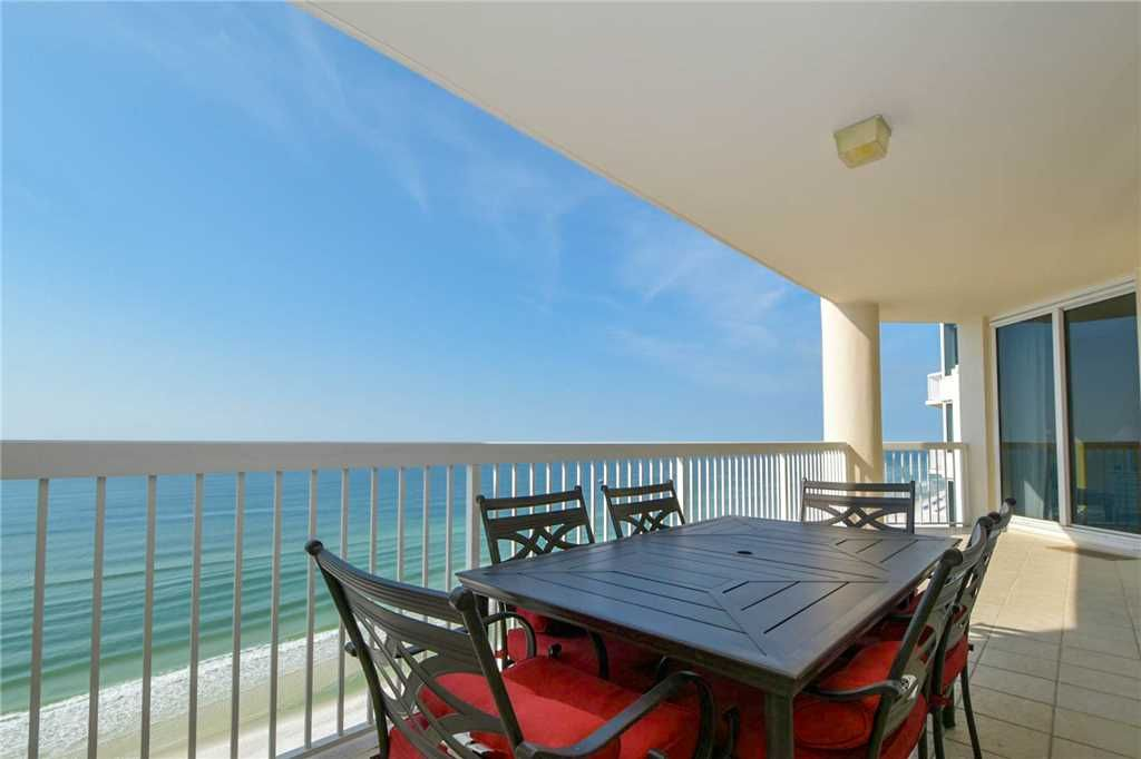 West 1603 Gulf Front Three Bedroom Condo Fully Equipped Kitchen Destin Florida Panhandle