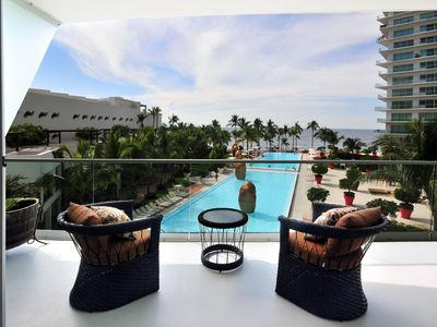 WOW! Icon Vallarta- Beautiful Modern Corner Condo * Also view VRBO 147784