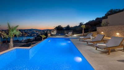 Photo for Luxury Villa White Pearl with Pool