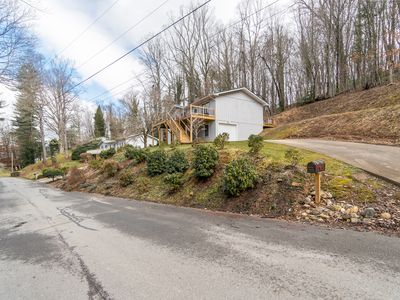 Photo for 5 Minutes Walk from Downtown Waynesville