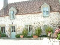 Pretty Cottage, good location for exploring eastern Loire region