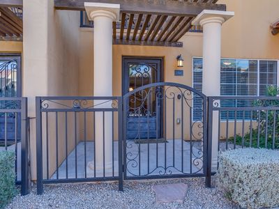 Photo for Comfortable 2 Bed Townhome in Uptown Phoenix 104