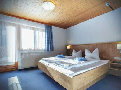 10-14 Pers Apartments - Guesthouse RIFA-Gaschurn