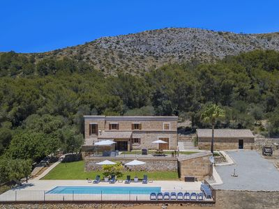 Photo for Idillic Country House for up to 4 guests with sea views and large private pool