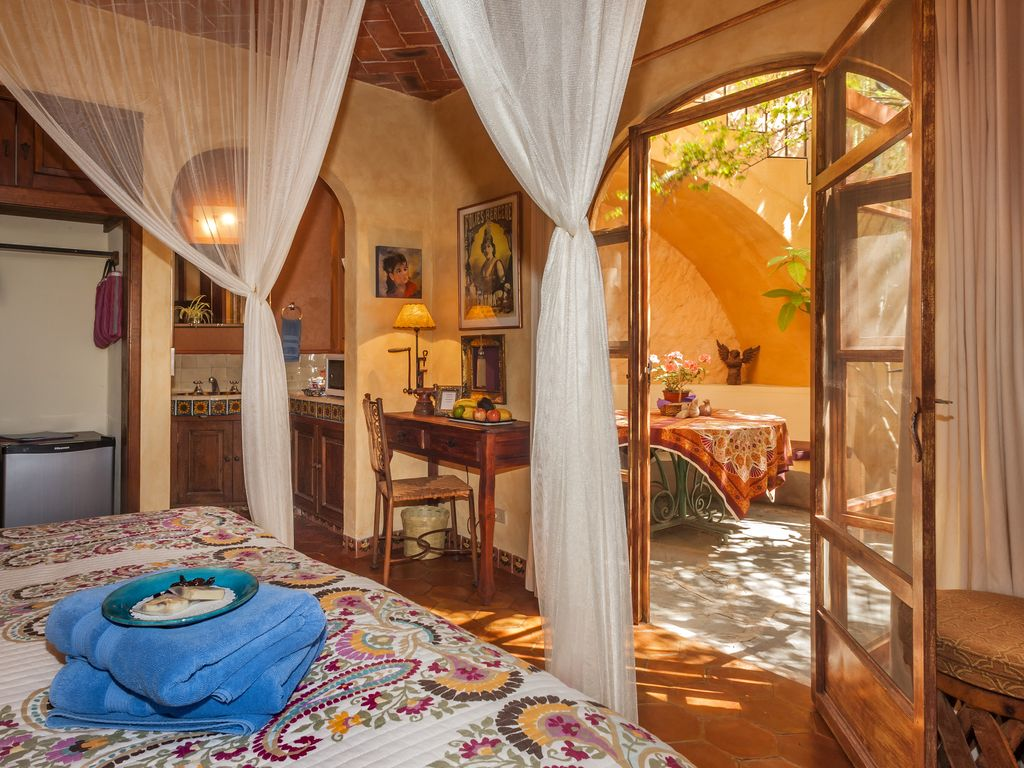Casa de la Paz. Our charming + welcoming... - HomeAway Colonia Caracol