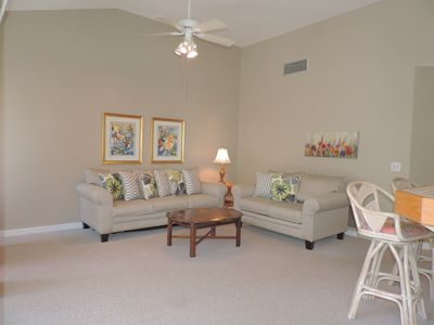Photo for 704 Barrington Park: 1 BR / 1.5 BA villa in Hilton Head, Sleeps 4