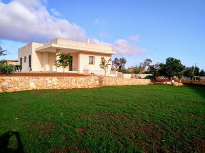 Photo for House with pool immersed in the Salento countryside