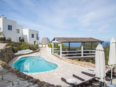 Photo for Lovely Villa Rigel in Ibiza, with private pool, 5 bedrooms, 10 sleeps.