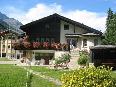 Photo for Apartment Saas-Grund for 2 - 3 persons with 1 bedroom - Apartment in single or multi-family
