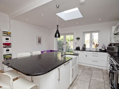 Photo for UP TO 20% OFF - Chic 3 bed family home, located in leafy Wimbledon (Veeve)