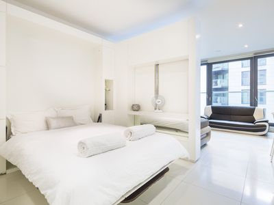 Photo for Modern studio apartment in Canary Wharf