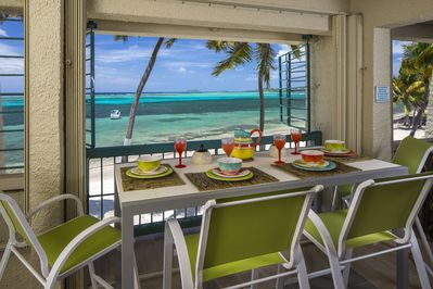 Dine in style - Ocean Breezes, white sand - and a million dollar view