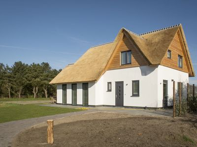 Photo for Luxurious villa for 8 people in De Cocksdorp, on the  island of Texel