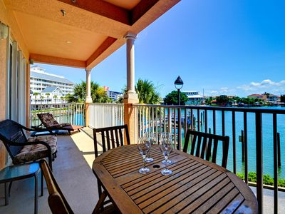 Come enjoy the warm breeze and beautiful view from this Harborview Grande Condo