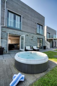 Photo for Luxury holiday  with hot tub and roof terrace. Swimming Pool & Gym
