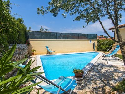 Photo for Villa with private pool, air conditioning, WiFi, large terrace with barbecue and only 2.3 km to the beach