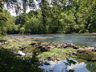 Quiet and Secluded Fly-fishing Hideaway