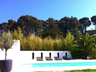 Photo for CASSIS, Air-conditioned architect's villa, 700m from the beach, swimming pool, garden
