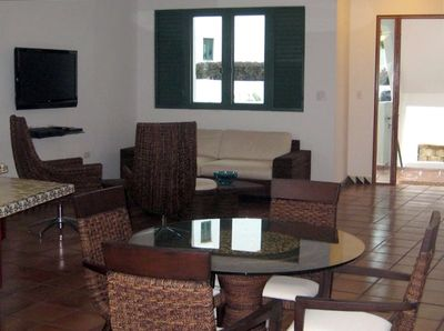 Beautiful Dining and Living room with 42' Plasma TV