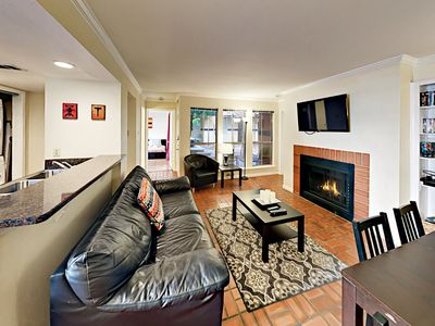 Living Room - Welcome to Austin! This condo is professionally managed by TurnKey Vacation Rentals.