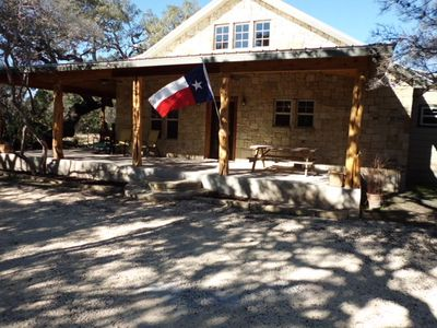 Los Laureles   New Cabin In Concan, Texas Hill Country