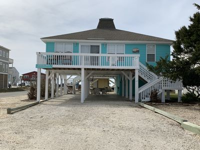 Photo for 3 bedroom, 2 bathroom beach cottage