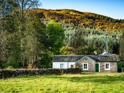 Photo for Rural Self-Catering Cottage near Tighnabruaich, Argyll and Bute
