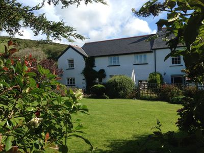 Photo for Beautiful cottage located in a delightful, quiet spot in the centre of Croyde