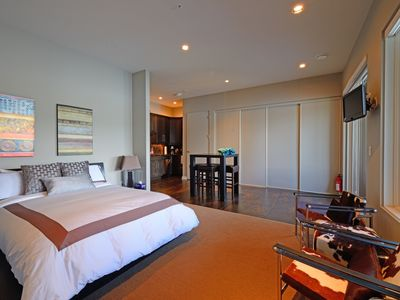 Luxury ensuite, very comfortable queen bed and kitchenette