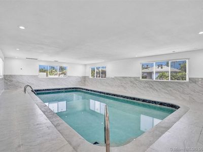 Photo for Charming private Pool house near the Beach & airport