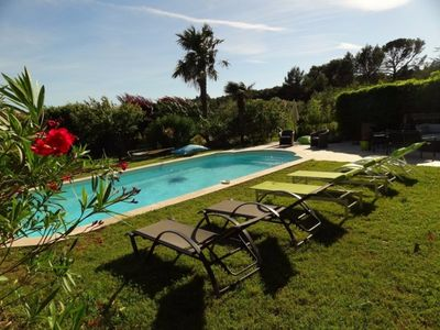 Photo for Luberon in Lauris air-conditioned mas for 10 people private pool and free wifi