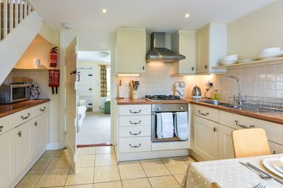 Make the most of the kitchen. Perfect for keen cooks!