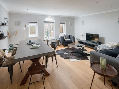 Photo for Sumptuous 4 bed / 3 bath house in Notting Hill