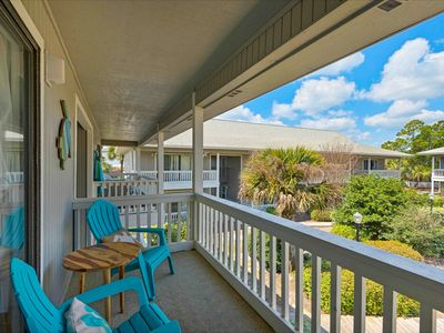 Photo for Comfortable newly renovated unit only steps away from the beach!