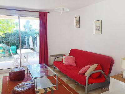 Photo for 2 bedroom Apartment, sleeps 6 in Saint-Cyr-sur-Mer with WiFi