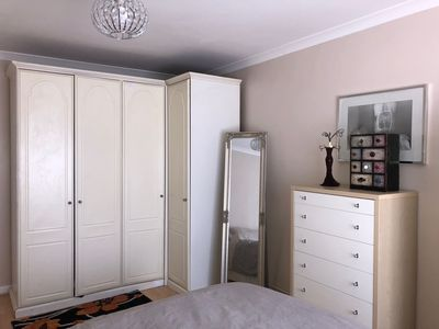 Photo for 1BR Apartment Vacation Rental in Barnet, England