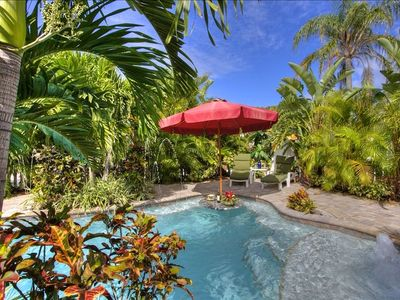 Luxury-2 Master King Suites, Private Htd Pool,  Steps to Beach