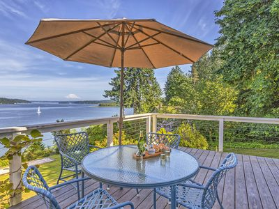 Photo for Classic Beachhouse with Mt. Rainier View