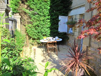 Photo for BEAUTIFUL APARTMENT LIGHT AND ZEN 5 MINUTES AWAY FROM THE MEDIEVAL CITY