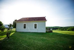 Photo for 1BR Cottage Vacation Rental in Castleton, Virginia