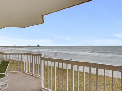 Photo for Beachfront, first-floor villa with panoramic ocean views & shared pool