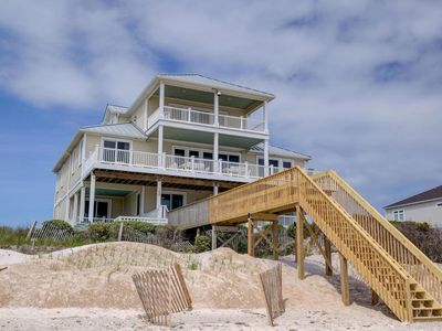 Photo for NEW Special May and June Rates - Family Friendly - Beachfront, pool, hot tub